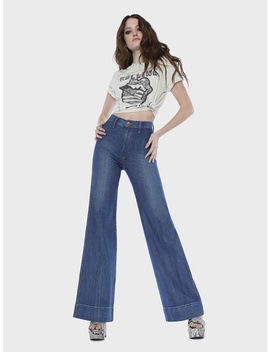 Gorgeous High Rise Wide Leg Jean by Alice And Olivia