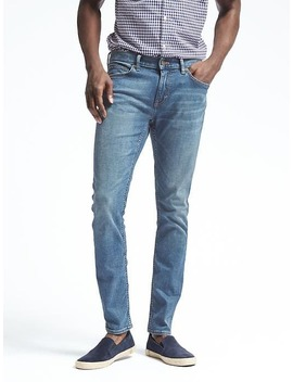 Skinny Rapid Movement Denim Light Wash Jean by Banana Repbulic