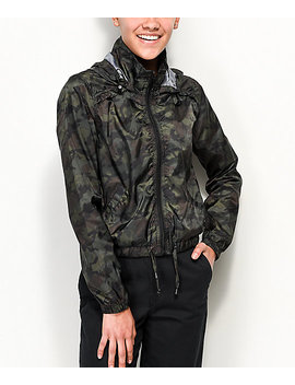 jolt-camo-cropped-windbreaker-jacket by jolt