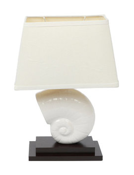 ceramic-seashell-table-lamp by dei