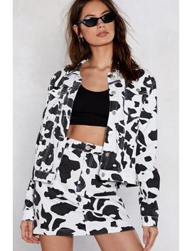 holy-cow-denim-jacket by nasty-gal