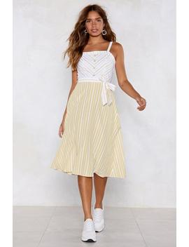 striping-yourself-up-midi-dress by nasty-gal