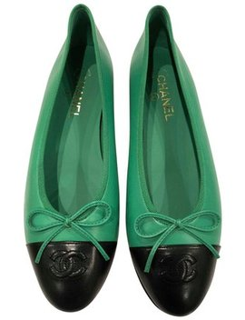 green-17p-black-lambskin-leather-cc-classic-ballet-ballerina-flats by chanel