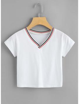 striped-trim-v-neckline-crop-tee by romwe