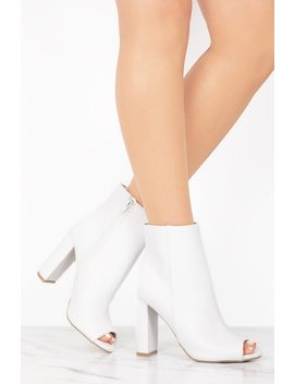 haute-grounds---white-pu by lola-shoetique