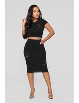 casual-lover-skirt---black by fashion-nova