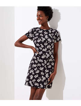 petite-magnolia-patch-pocket-dress by loft