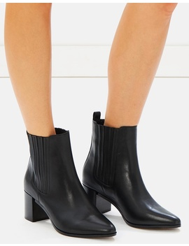 iconic-exclusive---brandy-leather-ankle-boots by atmos&here