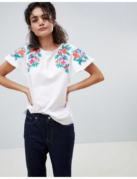 mango-embroidered-shoulder-t-shirt-in-white by mango