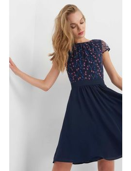 rochie-fit-&-flare-din-bimaterial-cu-broderie by orsay