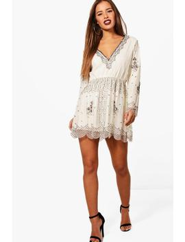 petite-v-plunge-sequin-dress by boohoo