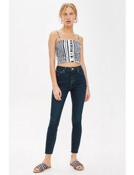 petite-indigo-raw-hem-jamie-jeans by topshop