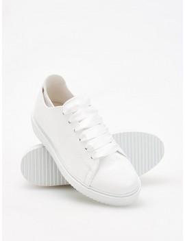 białe-sportowe-buty by reserved