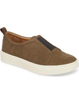 safia-slip-on-sneaker by sÖfft
