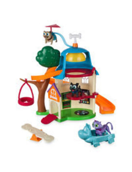 puppy-dog-pals-ultimate-doghouse-playset-with-light-up-figures by disney