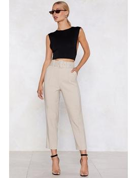 hit-top-gear-belted-pants by nasty-gal