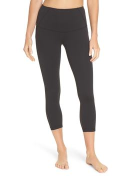 so-stunning-crop-leggings by zella