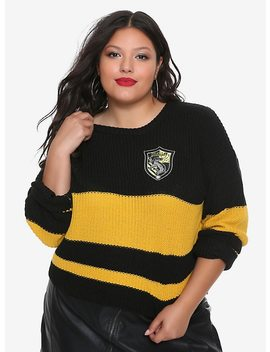 Harry Potter Hufflepuff Girls Quidditch Sweater Plus Size by Hot Topic