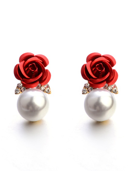 rose-&-faux-pearl-design-stud-earrings by romwe