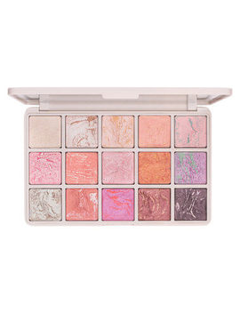 beauty-queen-eyeshadow-palette by mecca-max