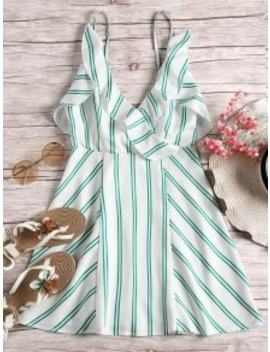 open-back-ruffle-hem-striped-cami-dress---green-m by zaful