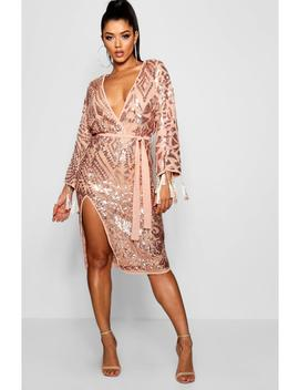 em-sequin-and-tassel-kimono-sleeve-midi-dress by boohoo