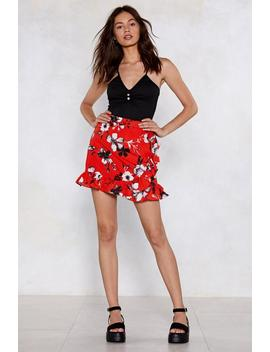 flower-of-the-flock-floral-skirt by nasty-gal