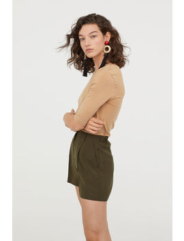 shorts-with-creases by h&m
