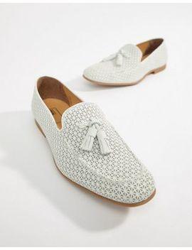 asos-design-–-weiße-slipper-aus-wildleder-mit-perforation by asos-design