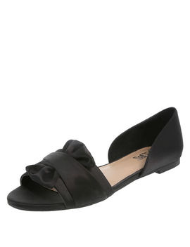 Women's Dahlia Two Piece Flat by Learn About The Brand Brash