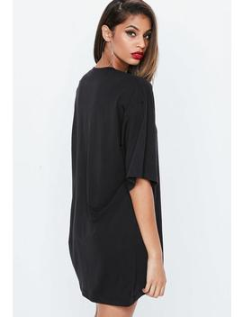 robe-t-shirt-noire-nakey-nakey-nakey by missguided