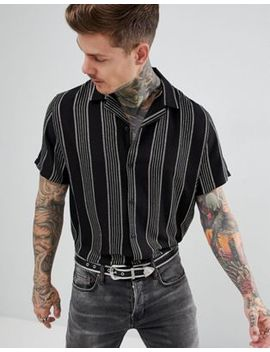 asos-design-–-Übergroßes,-gestreiftes-hemd-mit-reverskragen-in-schwarz-und-gold by asos-design