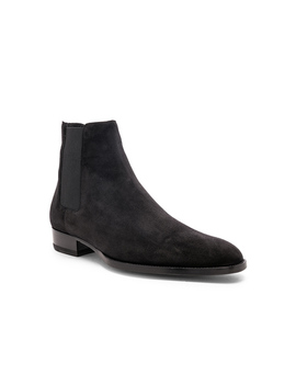 suede-wyatt-30-chelsea-boots by saint-laurent