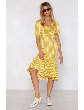 stripe-behind-you-midi-dress by nasty-gal
