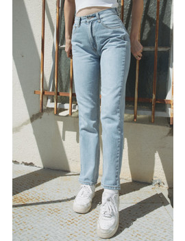 Danny Light Wash Jeans by Brandy Melville