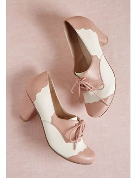Chelsea Crew This Stride Of Paradise Oxford Heel In Pink In 37 by Chelsea Crew