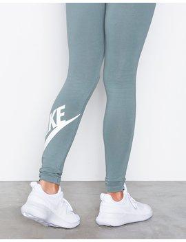 Lunar Tessen by Nike