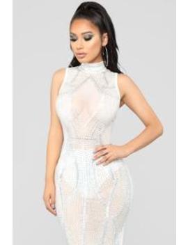 Award Winning Dress   White by Fashion Nova