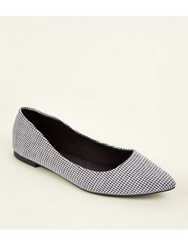 Black Pointed Houndstooth Pumps by New Look