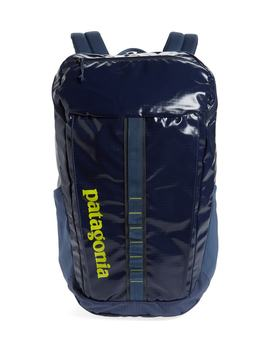 Black Hole 25 Liter Backpack by Patagonia