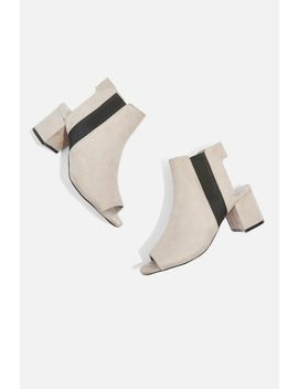 Dip Chelsea Shoeboots by Topshop