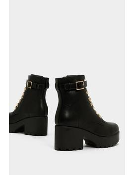 Give 'em The Boot Chunky Boot by Nasty Gal