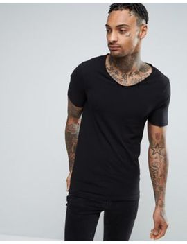 River Island Muscle Fit T Shirt With Voop Neck In Black by River Island