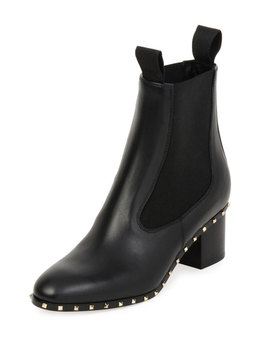 Soul Stud Leather Chelsea Boot, Black (Nero) by Valentino Garavani