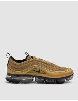 Air Vapormax '97 Sneaker In Metallic Gold by Nike