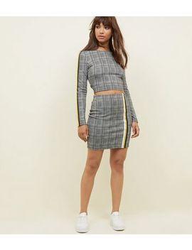 Black Check Print Tape Trim Mini Skirt by New Look