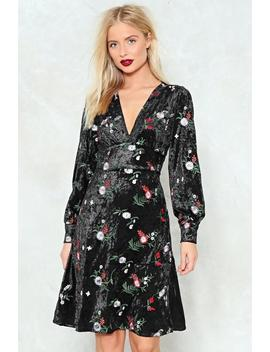 Feeling This Jam Velvet Dress by Nasty Gal