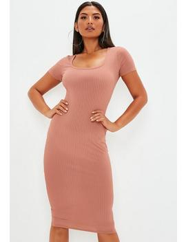 Rose Short Sleeve Ribbed Midi Dress by Missguided