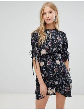 Love & Other Things Floral Print Tie Dress by Dress