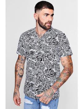 Leaf Print Short Sleeve Revere Shirt by Boohoo